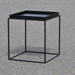 Q10 Tisch mit erhöhter Platte