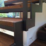 Stahlwangentreppe mit Holzstufen